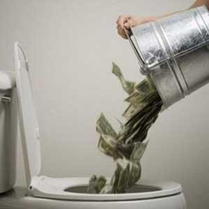 money_down_toilet-pacovilla